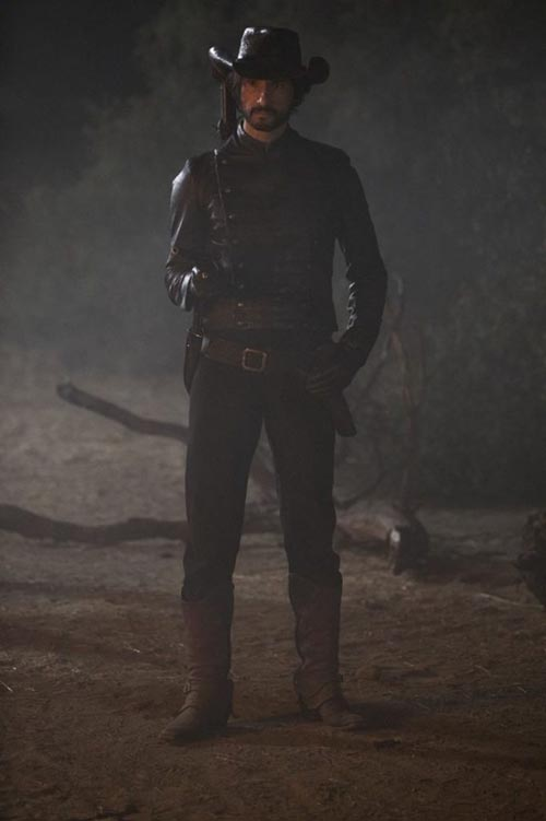 rodrigo santoro westworld