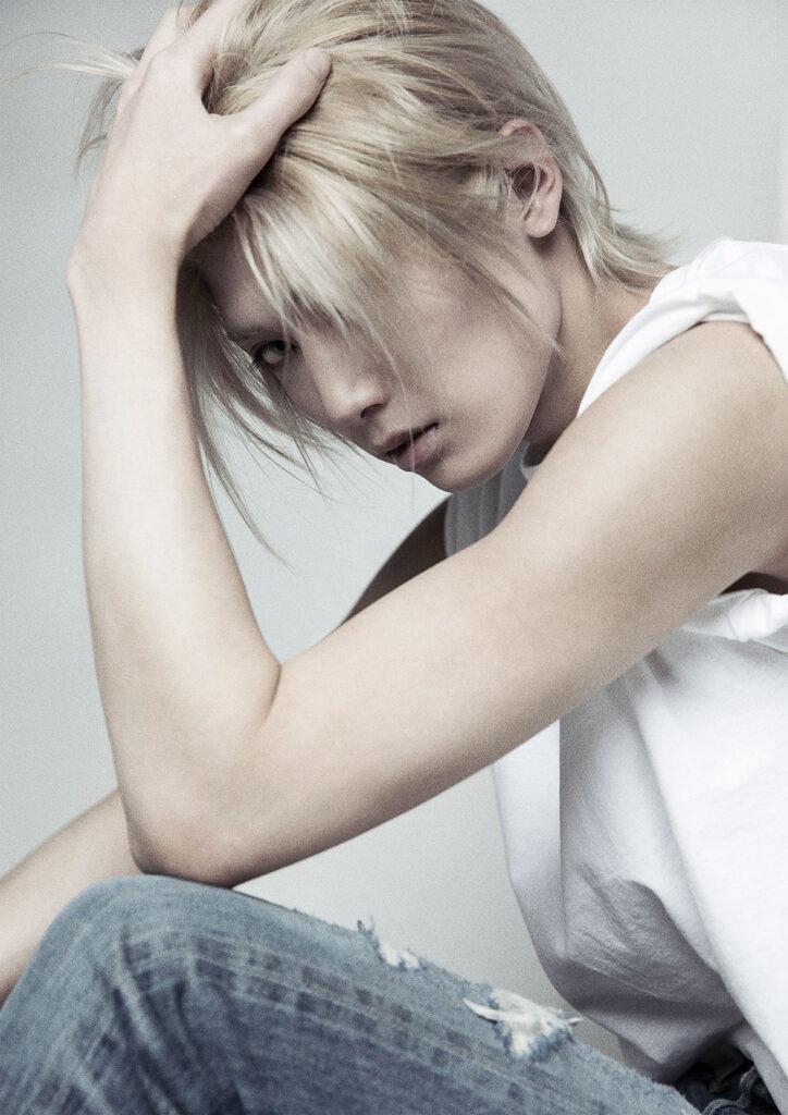 Kenta Mizue como Ash Lynx